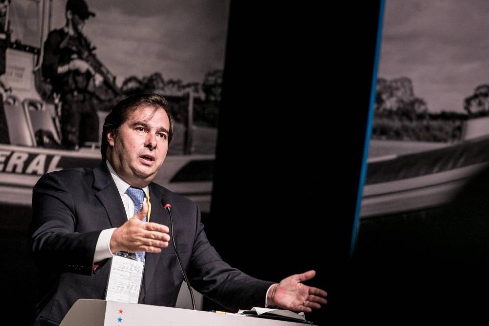 Rodrigo Maia, do DEM, fala durante seminário em Brasília; seu partido é um dos que teve crescimento mais expressivo na Câmara - Keiny Andrade - 20.mar.2018 / Folhapress